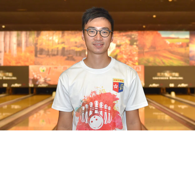 <a class='boldnavtext' href='results/17thtaipei-res.htm#Jul06'>Hong Kong bowlers rule qualifying</a><span class='plaintext'><br><b>6th July, Kaohsiung</b>: Hong Kong national bowlers continued to rule the lanes at the 17th Kaohsiung International Open Bowling Championships as overnight leader, Wu Siu Hong remain in the lead of the Men's Open Masters qualifying standings joined by compatriot, Eric Tseng in second.