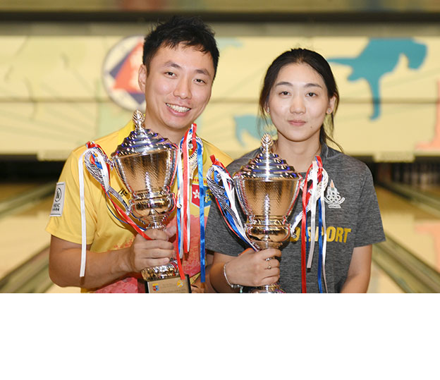 <a class='boldnavtext' href='results/44thhkg-res.htm#Step'>Sixth for Hong Kong, first for Thai</a><span class='plaintext'><br><b>30th June, Hong Kong</b>: 2017 World Championships Trios gold medallist, Wu Siu Hong won his sixth<br>Hong Kong International Open title after emerging as the Men's Open Masters champion while<br>topseed, Yanee Saebe of Thailand claimed her first crown.