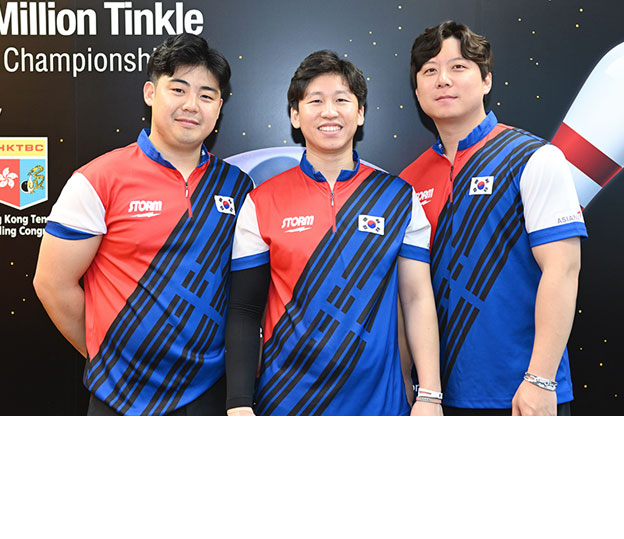 <a class='boldnavtext' href='results/wmc2018-res.htm#TriosBlk2'>Korean trio advances as topseed</a><span class='plaintext'><br><b>30th November, Hong Kong</b>: Korean trio of Park Jongwoo, Koo Seonghoi and Kim Kyungmin<br>advanced to the Semi-finals of the 2018 CGSE &#149; Million Tinkle World Men Championships as topseed with Indonesia, Sweden and USA as second, third and fourth seeds.