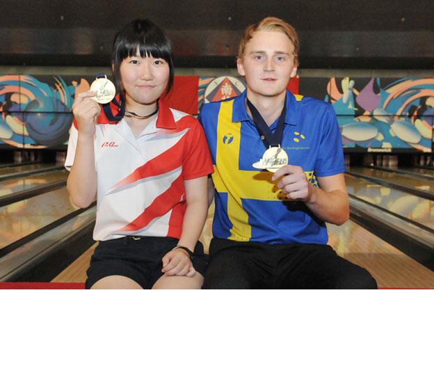 <a class='boldnavtext' href='results/wyc2014-res.htm#Step1'>Japanese, Swede captures Masters gold</a><span class='plaintext'><br><b>15th August, Hong Kong</b>: Top seeds, Mirai Ishimoto of Japan and Jesper Svensson of Sweden captured the prestigious Girl's and Boy's Masters title on the final day of the CGSE World Youth Championships 2014 on Friday.</span>
